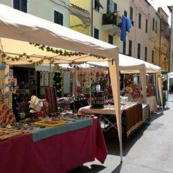 FIERA DI PRIMAVERA DEL 1 MAGGIO A GIAVENO (Torino)